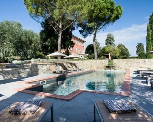 Villa Fontelunga pool