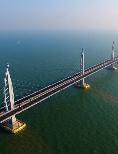 Macau – The Bridge over the Pearl River