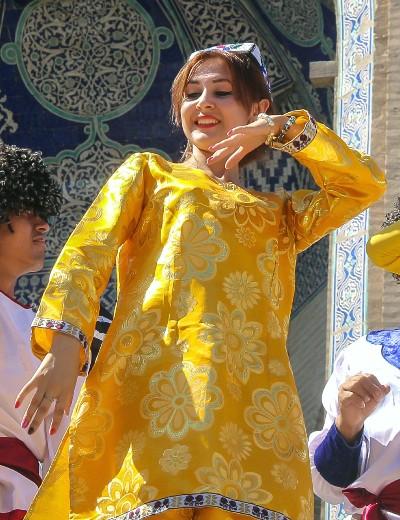 Uzbekistan – The 'Feel Good' Dance